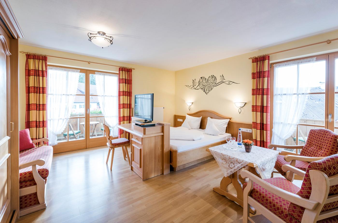 Zimmer Im Hotel Waldruh In Bad Kohlgrub